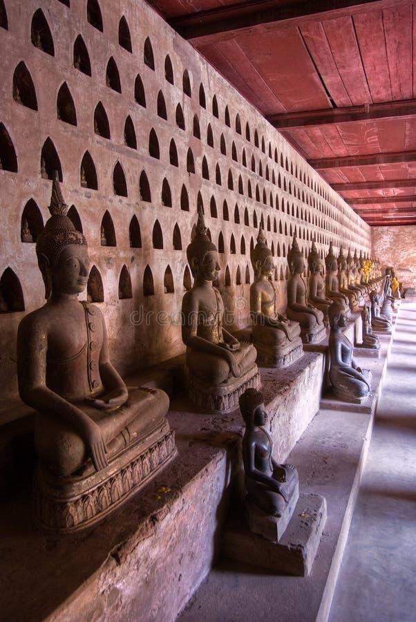 prabang för buddhassamlingslaos luang royaltyfria bilder