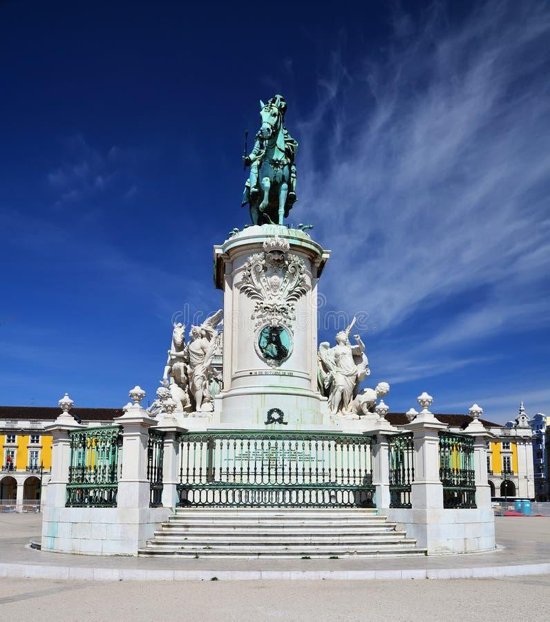 Praca font Comercio, Baixa, statue du Roi Jose, Lisbonne photo stock