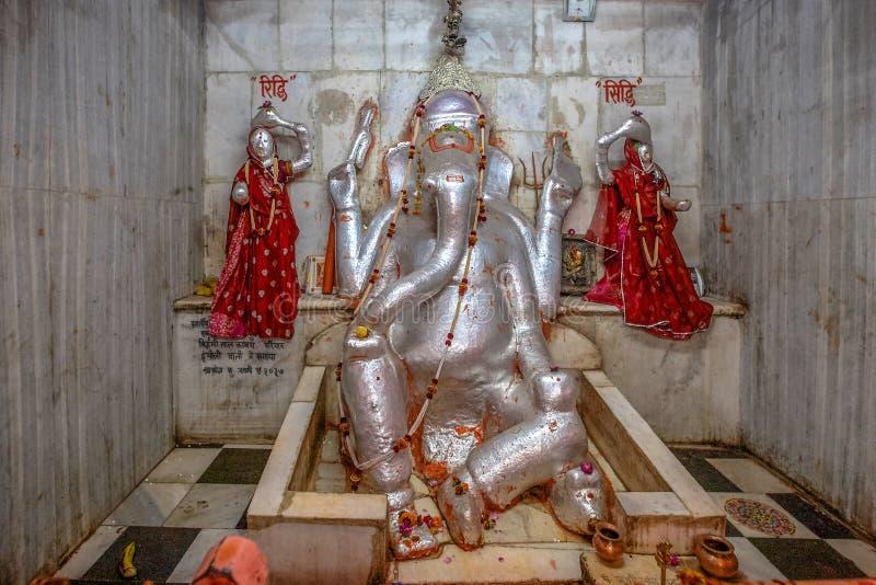Prachin Sidhi Vinayak Bada Ganesh Mandir en el bazar Rajasthán pushkar del bada foto de archivo libre de regalías