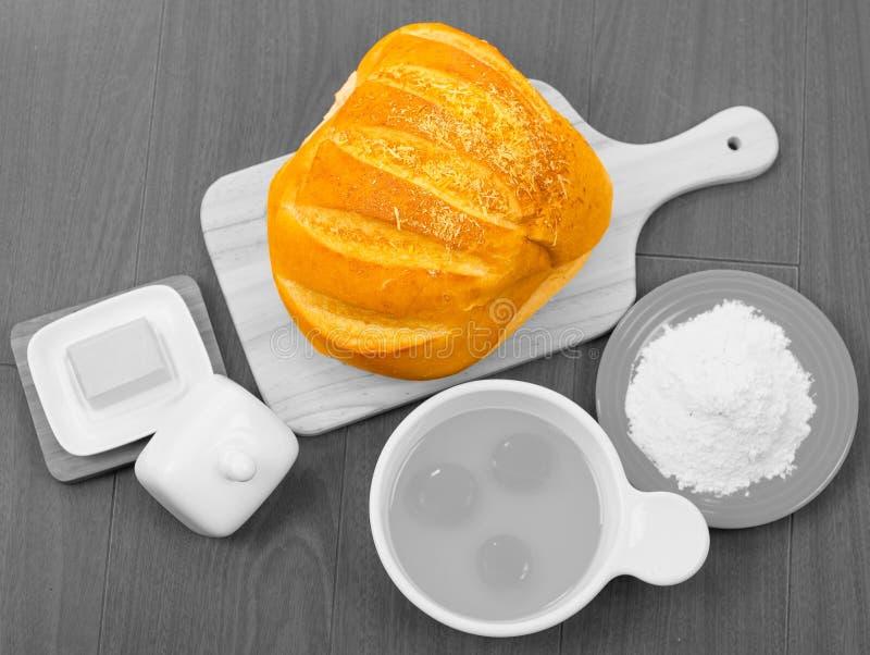 Prachtig gekleurd brood van broodtribunes uit zoals stock fotografie