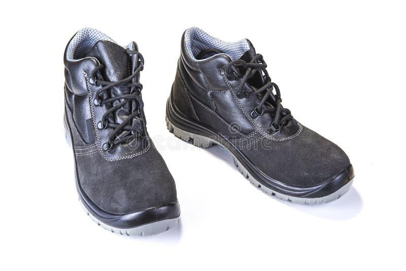 Pracować buty z stalowym talerzem ochraniać palec u nogi na bielu zdjęcie royalty free
