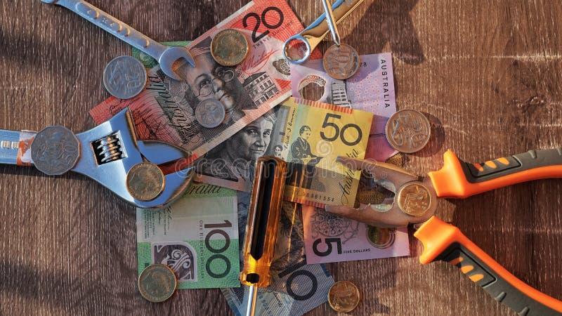 Pracowników dolary australijscy i narzędzia fotografia stock
