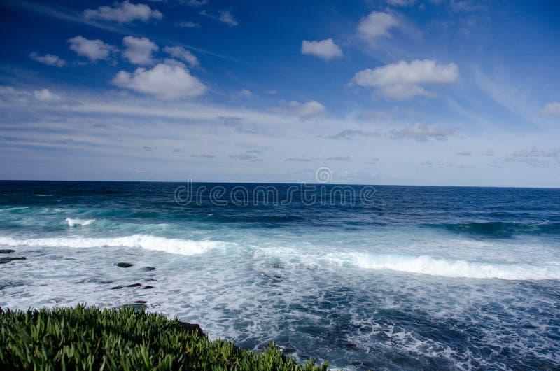 Download Practique Surf En El Punto La Jolla En Una Mañana Soleada Foto de archivo - Imagen de meridional, resaca: 64203804