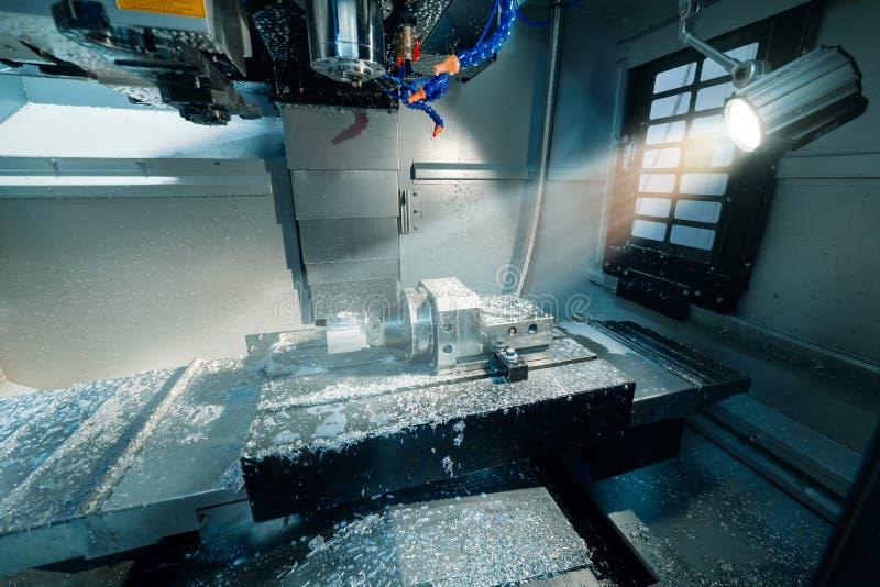 Pracuj?cy teren nowo?ytna CNC mielenia maszyna zdjęcia stock