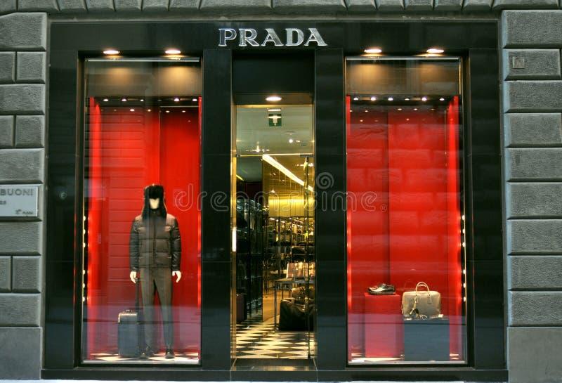 Prada方式精品店在意大利 免版税库存图片