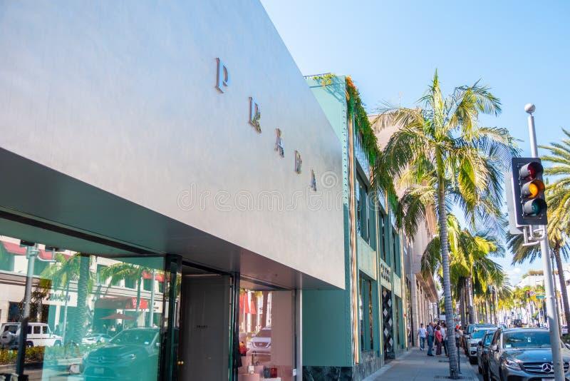 Prada lager på Rodeo Drive i Beverly Hills - KALIFORNIEN, USA - MARS 18, 2019 arkivfoto