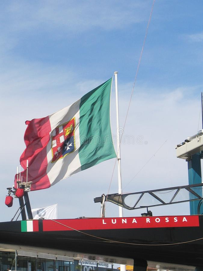 Prada Luna Rossa en Italiaanse vlag royalty-vrije stock afbeelding