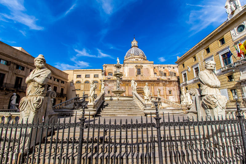 Praetoria喷泉在巴勒莫,意大利 库存照片