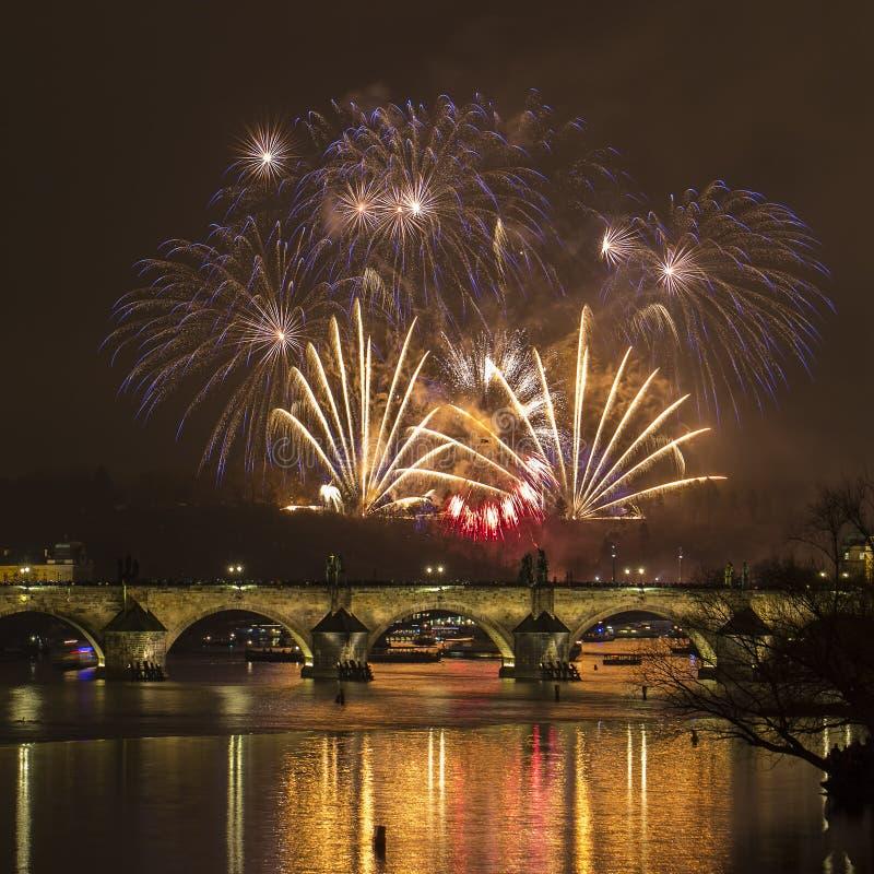 Prag, Charles-Brücke lizenzfreie stockbilder