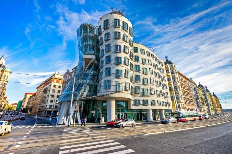 Prag, das Tanzenhaus, Tschechische Republik stockfotos