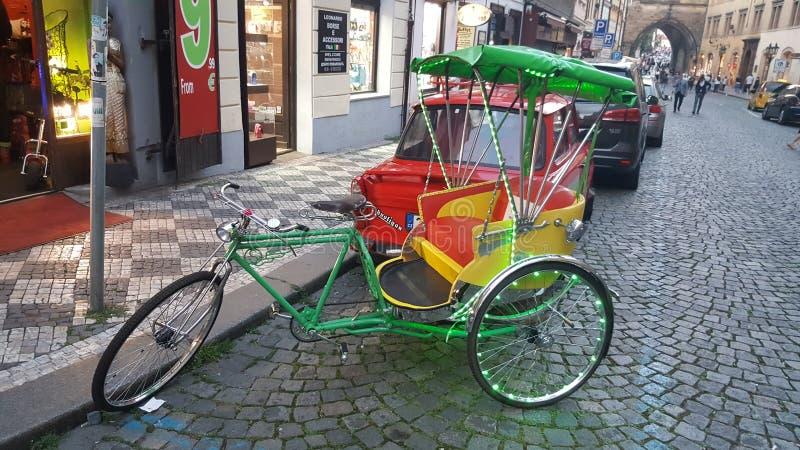 Prag-Fahrrad lizenzfreie stockfotos