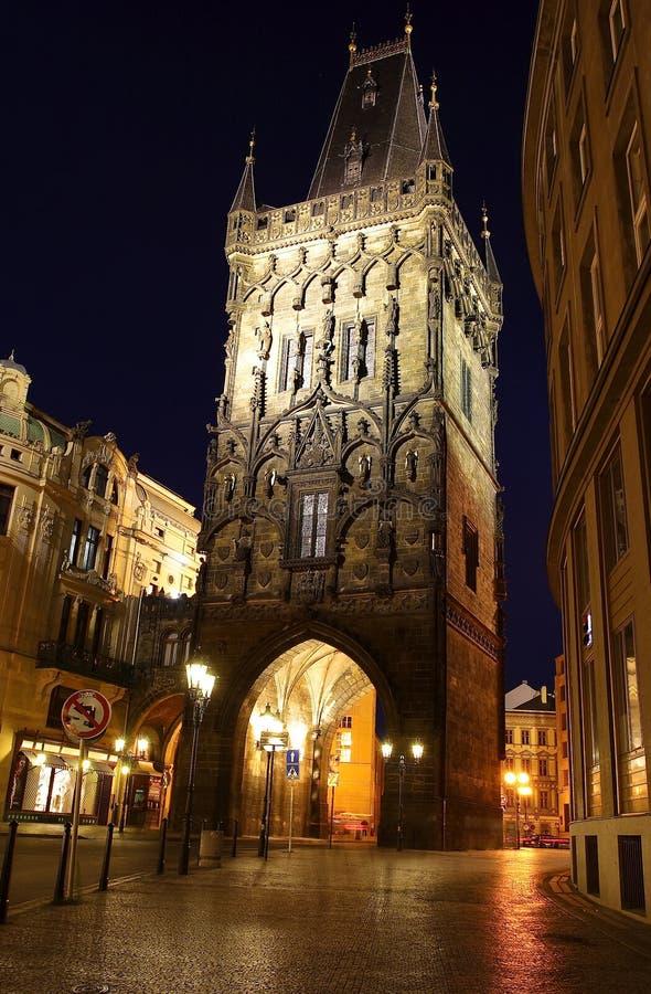 Prag-Nachtstraße stockfotografie