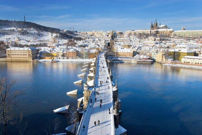 Prag-Schloss und Charles-Brücke, Prag (UNESCO), Tschechische Republik stockfotografie