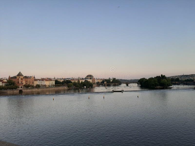 Prag, Tjeckien, Scenery, flod royaltyfri foto