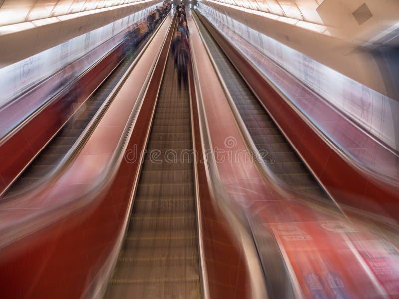 Prag-U-Bahnrolltreppe stockfoto