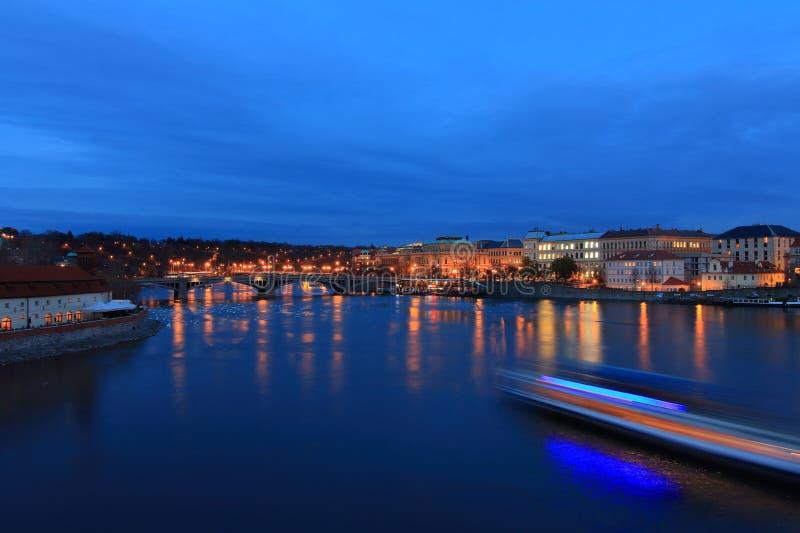 Praga, światło samochody obrazy stock