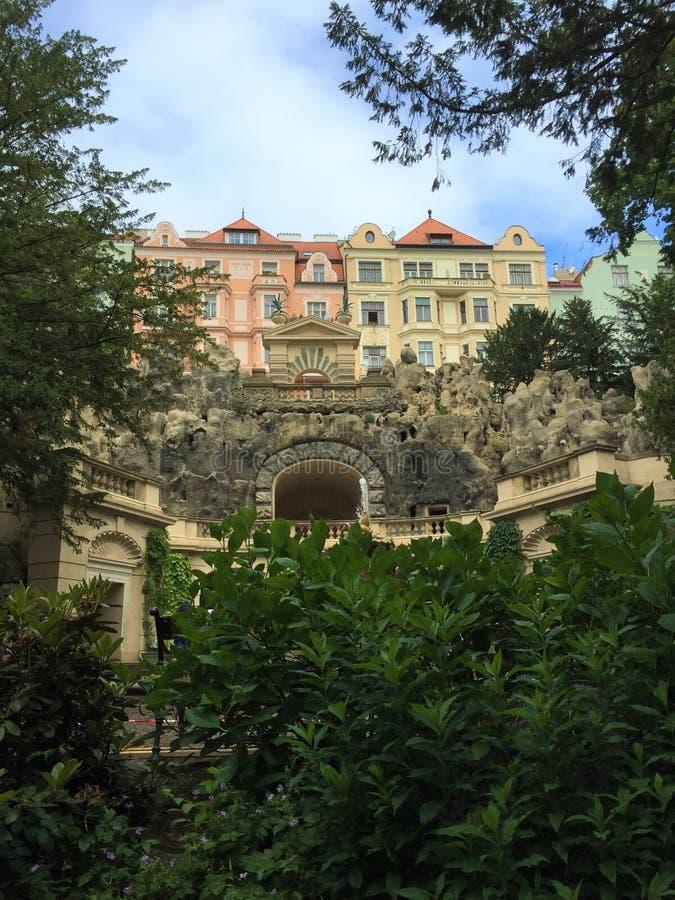 Praga, capital parque kovy de Sady Grébovka do  de República Checa - de HavlÃÄ imagem de stock