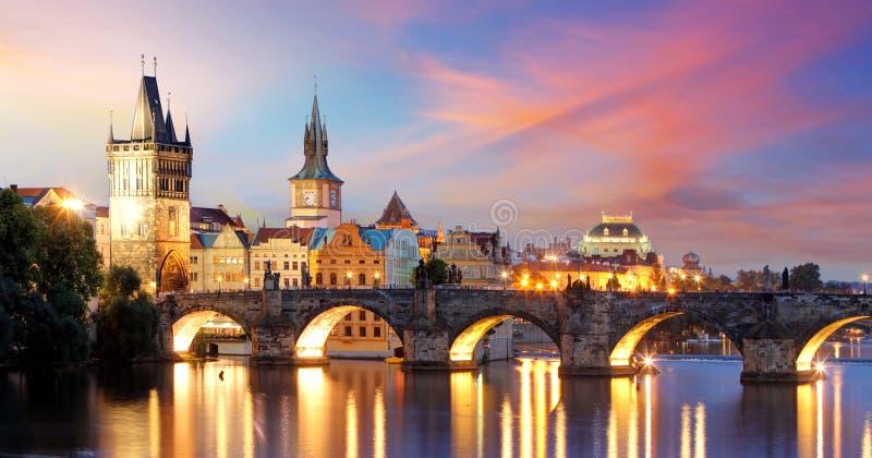 Praga, Charles most -, republika czech zdjęcia royalty free