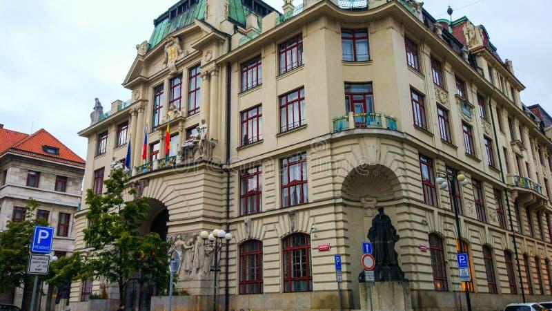 Praga City Hall Nová, o novo prédio administrativo central, uma peça importante da arquitetura Art Nouveau imagens de stock royalty free