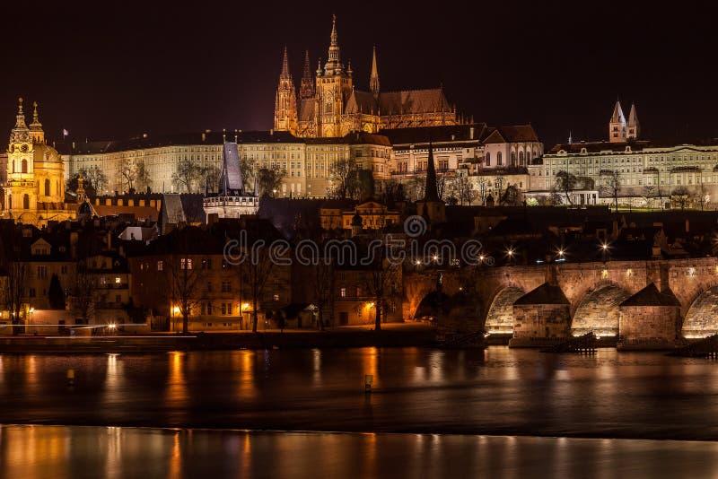 Praga de Night imagen de archivo