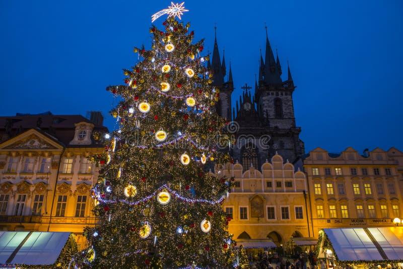 Praga en la Navidad fotos de archivo