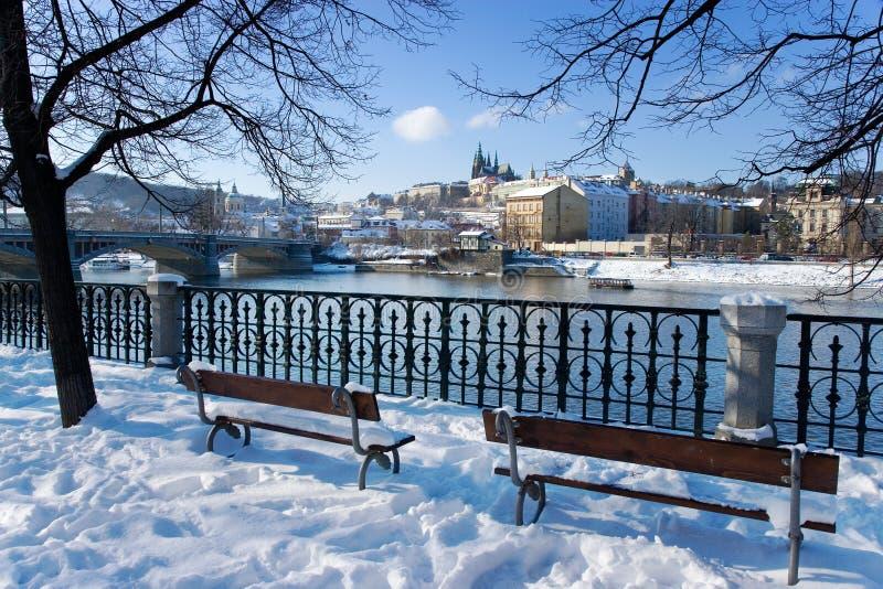 Praga kasztel i Moldau rzeka, Praga, republika czech (UNESCO) obraz stock