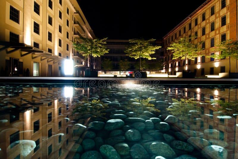 Praga na noite imagens de stock