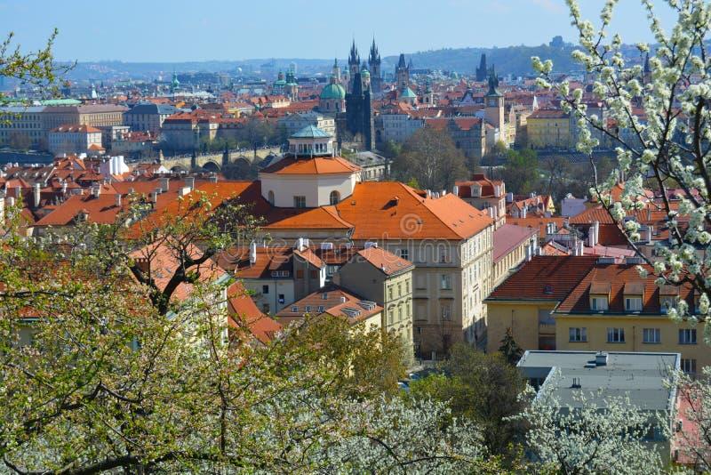 Praga na primavera fotografia de stock