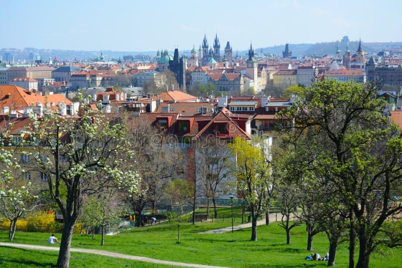 Praga na primavera fotos de stock royalty free