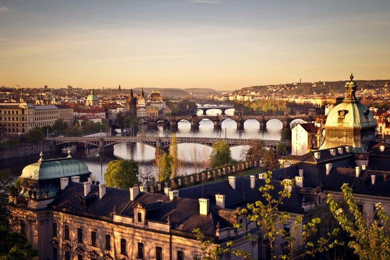 Praga no nascer do sol imagens de stock royalty free