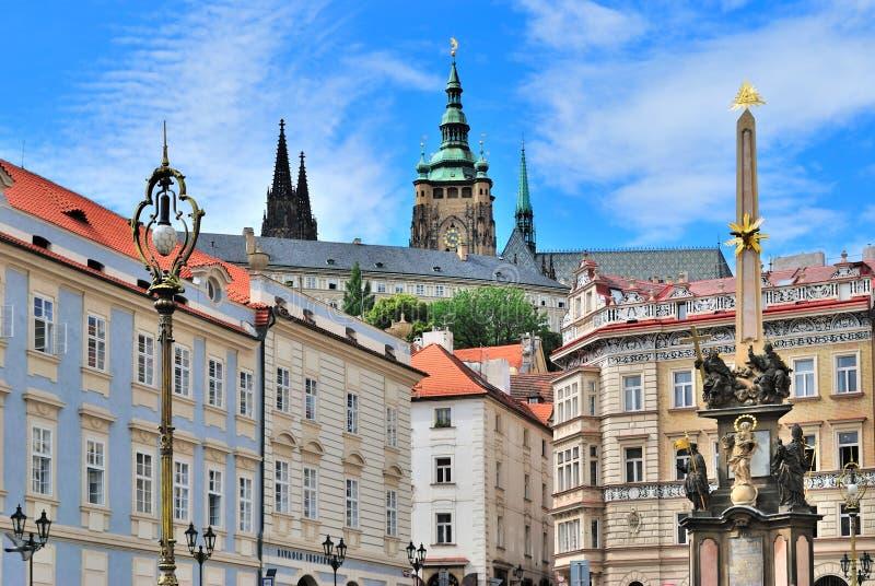 Praga. Pouca praça da cidade imagens de stock