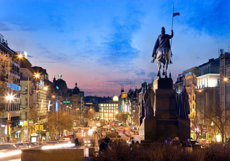 PRAGA, REPÚBLICA CHECA - 25 DE OCTUBRE DE 2014: Estatua del St Wensceslas, Ne imagen de archivo libre de regalías