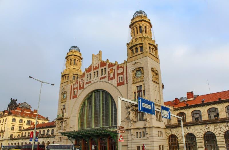 Praga; República Checa; 15 de outubro de 2017; Buildign velho de Praga fotografia de stock