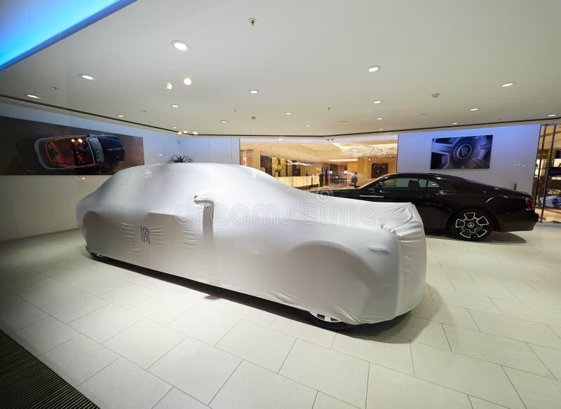 PRAGA, REPÚBLICA CHECA - 4 DE SETEMBRO DE 2017 Sala de exposições do negócio de Rolls Royce em Praga, República Checa imagem de stock