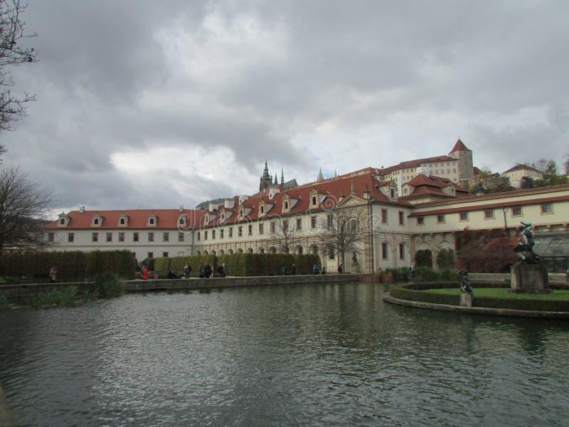 ` Praga, República Checa de Versalles del ` complejo del palacio pequeño imagen de archivo libre de regalías