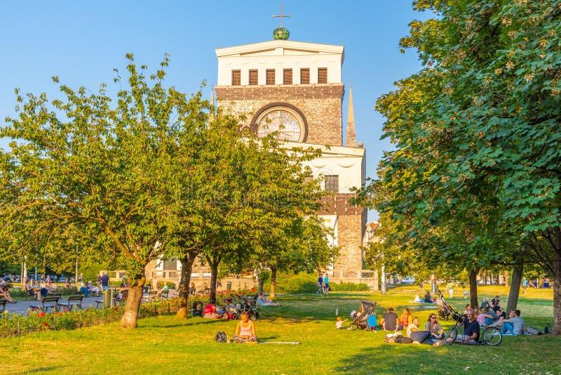 PRAGA, REPUBBLICA CECA - 17 AGOSTO 2018: Chiesa cattolica romana del cuore più sacro del nostro signore a Jiriho z immagini stock