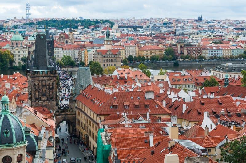 Praga, republika czech dachy miasto, piękny widok zdjęcia stock