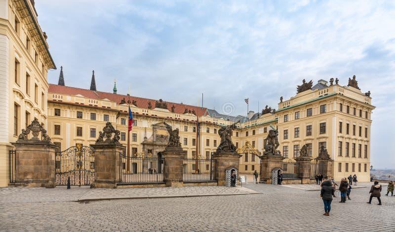 Praga, republika czech Główne wejście Praga kasztel zdjęcia royalty free