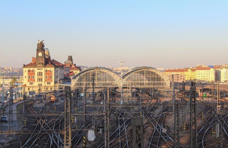 Praga; Republika Czech; Październik 15, 2017; Praga magistrali pociągu stat zdjęcia stock