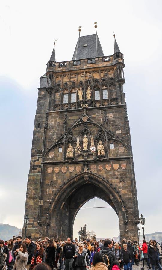 Praga; Republika Czech; Październik 18, 2017; Stary miasteczko mosta wierza zdjęcia stock