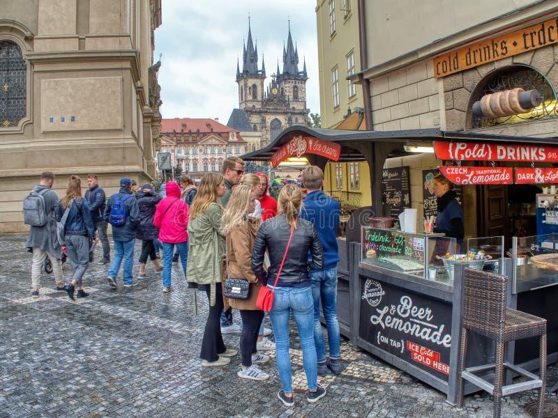 Praga rynek na Starym rynku W Praga, republika czech zdjęcie stock