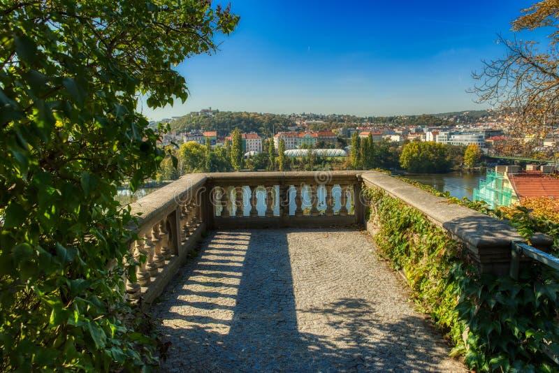 Praga Vysehrad pequeño punto de visión imagen de archivo