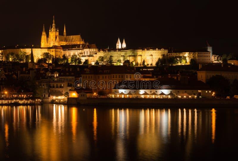 Praga: widok Praga kasztel od Starego miasteczka fotografia royalty free