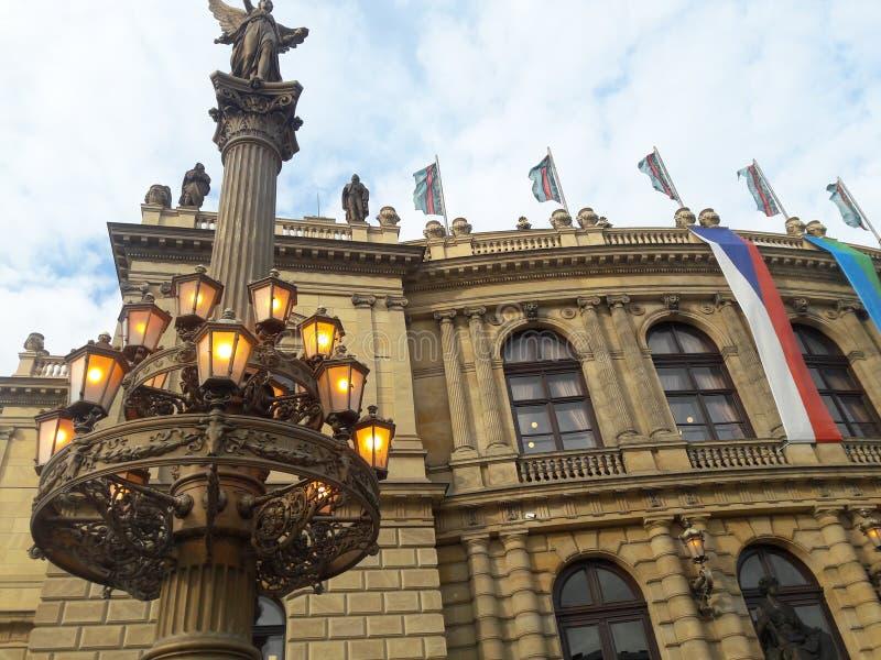 Praga wiosny filharmonii rudolfinum zdjęcie royalty free