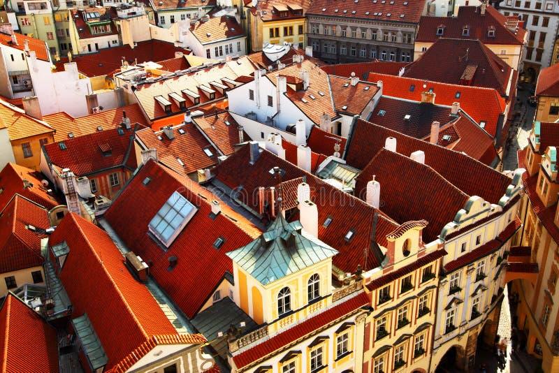 Prags Dächer stockfoto