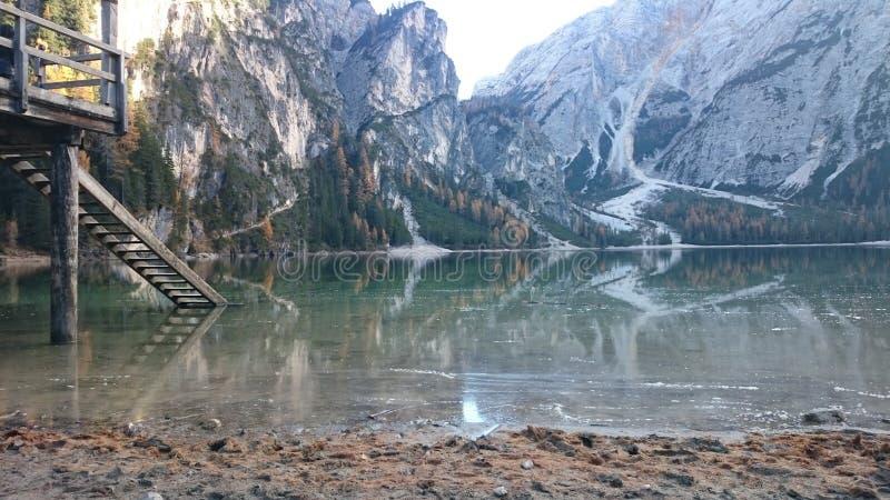 Pragser Wildsee foto de archivo libre de regalías