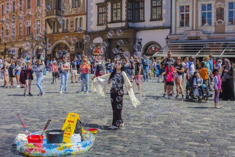 PRAGUA, ЧЕХИЯ 30 06 Старая городская площадь 2018 Одна из главных достопримечательностей Праги стоковая фотография rf