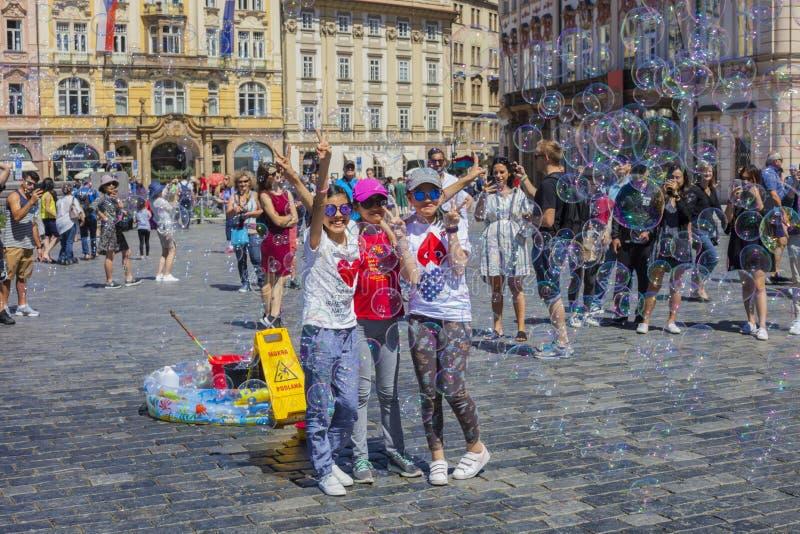 PRAGUA, RÉPUBLIQUE TCHÈQUE 30 06 Vieille place 2018 Une des attractions principales de Prague image stock