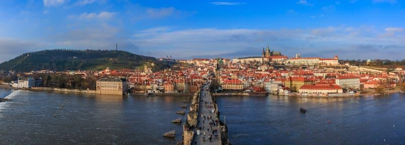 Prague Charles Bridge à la journée photo libre de droits