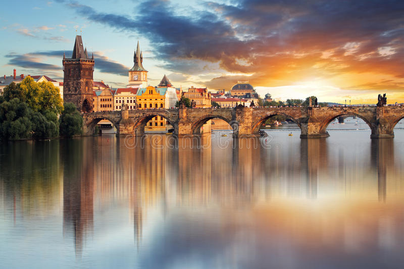 Prague - Charles bro, Tjeckien arkivbild